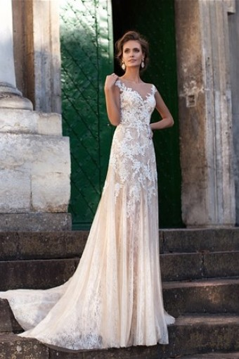 73855716eb8c584 Прямые свадебные платья