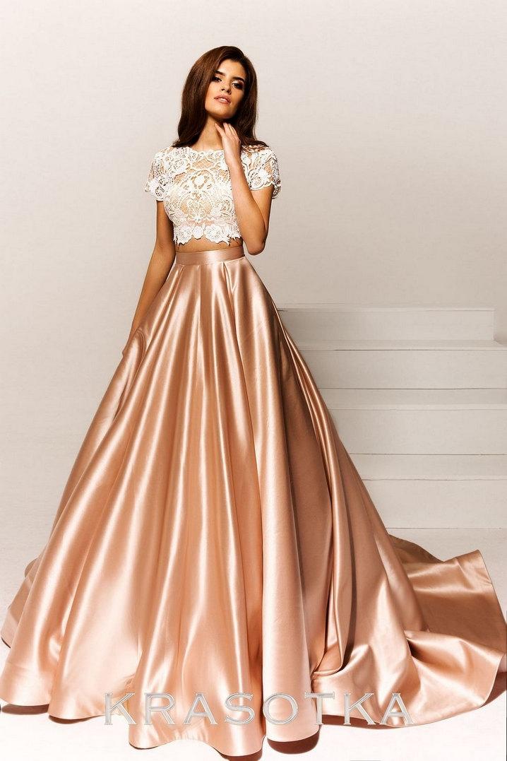 adc20777b0b Вечернее платье с пышной юбкой со шлефом Труфи. Салон «Красотка»